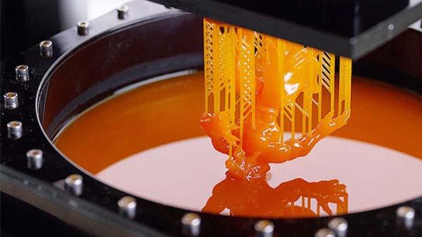 Se former à l'impression 3D avec la technologie SLA